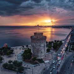 Sunset view in Thessaloniki Most Romantic Places, Beautiful Places, Wonderful Places, Places To Travel, Places To See, Paradise On Earth, Aerial Photography, Time Photography, Amazing Destinations