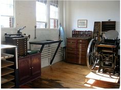 Letterpress Machine, Letterpress Printing, Workshop Studio, Backyard Studio, Studio Interior, Printing Press, Home Studio, Space Crafts, Letter Press