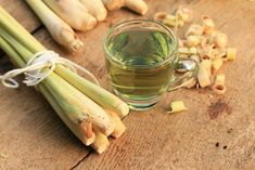 9 gyógytea, amit minden héten innod kéne! | Mindmegette.hu Lemon Grass, Celery, Gardening Tips, Cucumber, Spices, Herbs, Keto, Vegetables, Cooking
