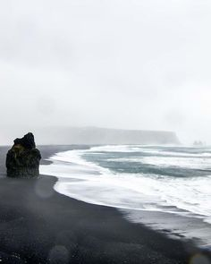 Cloudy day by the sea next to one of the most stunning shores i've ever seen getting drenched in the mist rising up as the sea crashes into rocks and being blasted by strong winds...every place and every photo comes with an experience... remember those... its what counts. . . . . . #icelandwithaview #ísland #exploreiceland #greatnorthcollective #mystopover #icelandtravel #everydayiceland #modernoutdoors #inspiredbyiceland #roamnation #exploreourearth #visualsofearth #ourlonelyplanet…