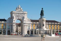 Lisbonne à pied, un reportage de la rédaction de routard.com. Avec les reportages du guide du routard, découvrez en photo le monde avec un regard de routard.
