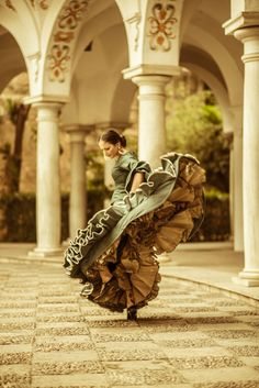 Ballet and Dancing: Dancers - Flamenco Shall We Dance, Lets Dance, Spanish Dancer, Male Ballet Dancers, Dance Like No One Is Watching, Dance Movement, Dance Photos, Dance Art, Jazz Dance