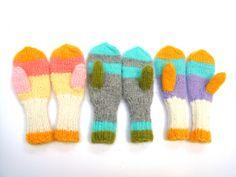 Winter kids mittens  Knitted Children gloves,Gift for kids. $29,00, via Etsy.