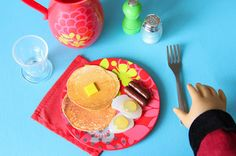 My Froggy Stuff:  Free Printables for Dollhouse Pancakes...Yummy