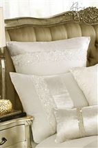 Kylie Madaline Oyster Housewife Pillowcase