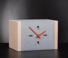 Betonuhr, Tischuhr, eckig Beton/ Bambus Concrete Furniture, Concrete Cement, Concrete Crafts, Concrete Projects, Cement Design, Beton Design, Grey Clocks, Wood Clocks, Cemento Portland