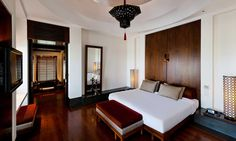 Explore a virtual tour of the Chedi Club Suite at The Chedi Muscat