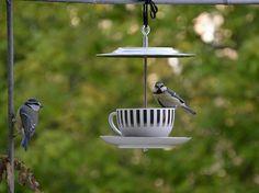 Bird Feeder // CoffeeKlatsch made of vintage coffee door rennadeluxe