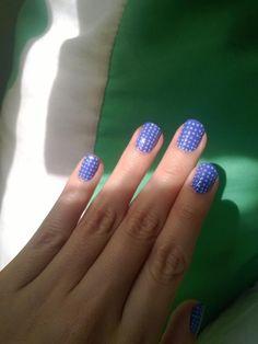 • uñas azules punteadas • #nailart #nailartperu #uñasmaniatikas #notd #bluenails #dotsnails