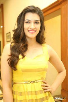 Kriti Sanon at Dohchay Audio Launch (11)
