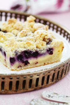 Blueberry quark cake with crumble - Blaubeeren / Heidelbeeren-Rezepte - Cheesecake Baking Recipes, Cookie Recipes, Snack Recipes, Dessert Recipes, Healthy Recipes, Blueberry Cheesecake, Blueberry Recipes, Blueberry Cake, Blueberry Crumble