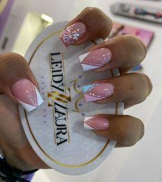 Acrylic Nail Designs, Acrylic Nails, Birthday Nails, Manicure, Make Up, Tattoos, Spa, Elegant Nails, Pretty Nails