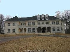 Abandoned Mansion In Virginia