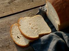 Toustový chleba Russian Recipes, Bread Baking, Toast, Food, Pizza, Polish, Christmas, Baking, Xmas