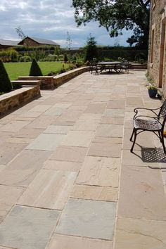 Details about Royal Amber Indian Premium Natural Sandstone Paving Slabs Patio Stone – SAMPLE - Modern Patio Wall, Backyard Patio, Backyard Landscaping, Stone Backyard, Backyard Fireplace, Pergola Patio, Landscaping Ideas, Sandstone Paving Slabs, Paving Stones
