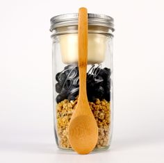 Blackberries, granola, and yogurt secured separately using BNTO by Cuppow!