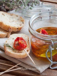 Tomates confites maison: recette simple, succulente qui utilise les surplus en saison. À faire soi-même (AFSM).