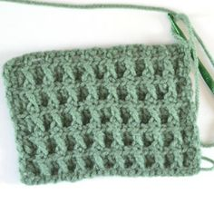 Block Crochet Pattern Tutorial ~ not really a block stitch but once you get the hang of it it's actually a very nice looking pattern!