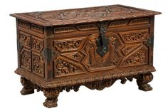 A CONTINENTAL GOTHIC REVIVAL CHEST : Lot 61