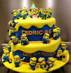 Great Photo of Minion Birthday Cake Images Minion Birthday Cake Images Top 10 Crazy Minions Cake Ideas Birthday Express Crazy Cakes, Fancy Cakes, Cute Cakes, Yummy Cakes, Minion Torte, Bolo Minion, Minion Cakes, Minions Minions, Fondant Cakes