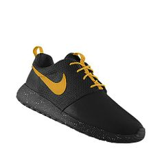 I designed this at NIKEiD BLACKED!!!