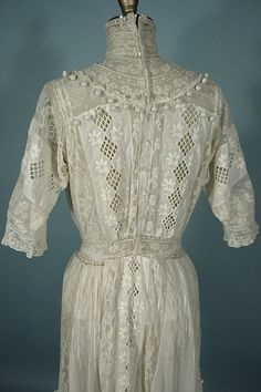 Antique Dress - . 1910 B. ALTMAN & Co., New York White High Neck Lawn Dress with Lovely Lace and Crochet Balls!