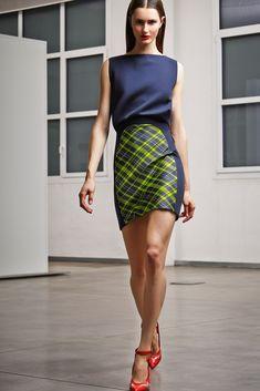 Antonio Berardi Pre-Fall 2014 Collection Photos - Vogue