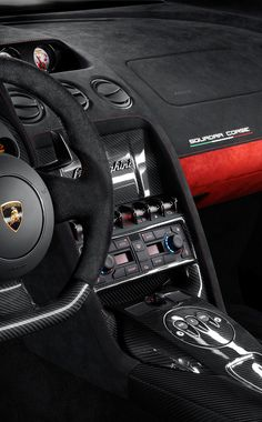 New #Lamborghini #Gallardo LP 570-4 Squadra Corse. Extremely lightweight carbon fiber and Alcantara®, the perfect combination of sporty minimalism, are the dominant materials inside the Squadra Corse.