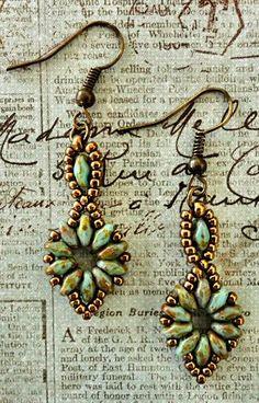 Linda's Crafty Inspirations: Free SuperDuo Flower Chain Bracelet & Earrings Patterns