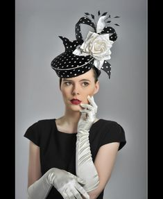 Black & White Polka Dot Pillbox Hat with Upstanding Bow, Black Feathers & Large White Satin Rose ~ by Guibert Millinery . Races Fashion, Gothic Fashion, Victorian Fashion, Crazy Hats, Kentucky Derby Hats, Cocktail Hat, Fancy Hats, Church Hats, Love Hat