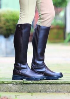 Nags Essentials is one of the UK's most comprehensive supplier of quality country clothing, equestrian clothes and outdoor clothing - Major stockists of Joules Clothing, HKM, PK, Toggi & Many More Top Brands http://www.nagsessentials.co.uk/