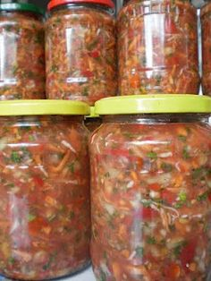 Canning Recipes, Raw Food Recipes, Healthy Recipes, Canning Pickles, Good Food, Yummy Food, Romanian Food, Fermented Foods, International Recipes