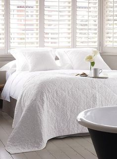 Perfect guest room... The White Company