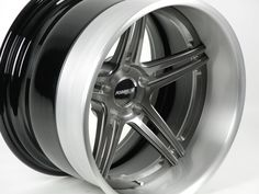 Wow, look at the deep outer lip and the Transparent Smoke center finish on this Forgeline SC3C Concave wheel that we just built for StreetLegalTV.com! Wonder for what vehicle these are destined...    Learn more about the SC3C at: http://www.forgeline.com/products/concave-series/sc3c-concave.html