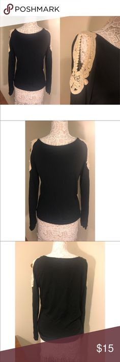 Black with ivory crotchet/cold shoulder sweater. (Size M) Black with ivory crotchet/cold shoulder sweater. Very comfortable sweater with a hint of cute with the ivory accent on the shoulders. Great to wear with jeans/leggings this fall! NO TRADES. BUNDLE DEALS!! Sweaters Crew & Scoop Necks