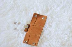 DIY: Leather cuff with secret pocket | Kiku Corner