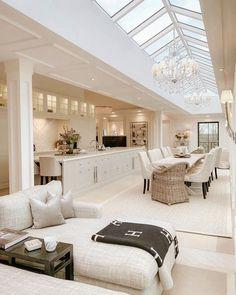 Mansion Interior, Dream House Interior, Luxury Homes Dream Houses, Luxury Homes Interior, Dream Home Design, Luxury Home Decor, Modern House Design, Home Interior Design, Interior Decorating