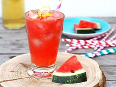 Melounová limonáda Watermelon, Fruit, Food, Kitchen, Cooking, Essen, Kitchens, Meals, Cuisine
