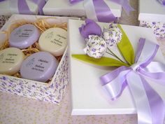 Honey Soap, Soap Packaging, Artisanal, Soap Making, Baby Shower Themes, Gift Baskets, Diy And Crafts, Charts, Gift Wrapping