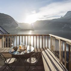Hallstatt Hideaway: with a difference - LIFESTYLEHOTELS Wasting Time, Different, In The Heights, The Good Place, New Experience, Modern Design, Deck, Study