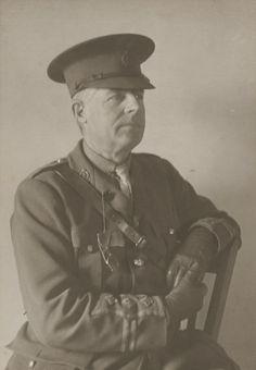 first world war british soldier medical corps uniform - Google Search British Soldier, First World, World War, Medical, Google Search, Medicine, Med School, Active Ingredient