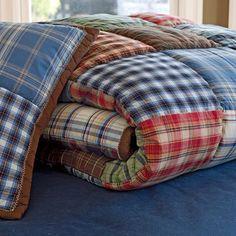 comfy cozy plaid camping quilt idea