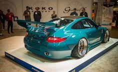 "IDL design Porsche ""slantnose"" 911 997"