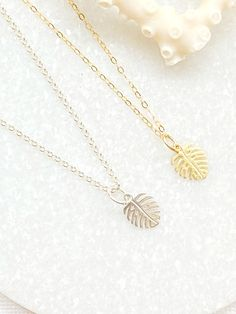 Friend Gift Delicate Sunstone /& 14k Gold Adjustable Layering Necklace Boho Minimalist Jewelry Stocking Stuffer Christmas Gift for Her