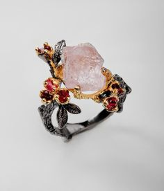Rough pink morganite ring, Raw stone rings for women, garnet statement jewelry for her, black nature branch leaf birthday gift mother wife Jewelry For Her, Cute Jewelry, Jewelry Accessories, Jewlery, Jewelry Ideas, Bijoux Design, Schmuck Design, Mother Birthday Gifts, Mother Gifts
