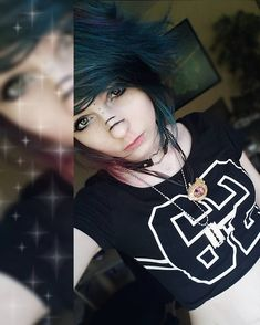 ✧・゚Can I please stop being tired thanks T^T . Cute Scene Girls, Cute Emo Girls, Scene Kids, Nu Goth, Cute Goth Girl, Goth Make Up, Gothic, Emo Scene Hair, Style Rock