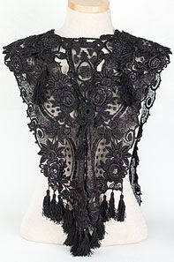 Victorian lace collar.....cool