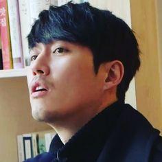 "75 Likes, 5 Comments - Jane (@koshi.178) on Instagram: ""#장혁  하아... 허어.... . .  #チャンヒョク  #janghyuk  #집나간정신줄을찾습니다  #본방사수못하는슬픔"""