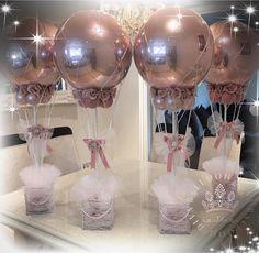 Centerpieces with balloons Balloon Centerpieces, Baby Shower Centerpieces, Balloon Decorations, Girl Baby Shower Decorations, Baby Shower Themes, Birthday Party Decorations, Idee Baby Shower, Baby Boy Shower, Baby Shower Balloons