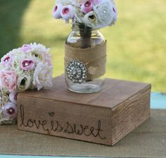 cake stand... add the wedding date and names... perfect